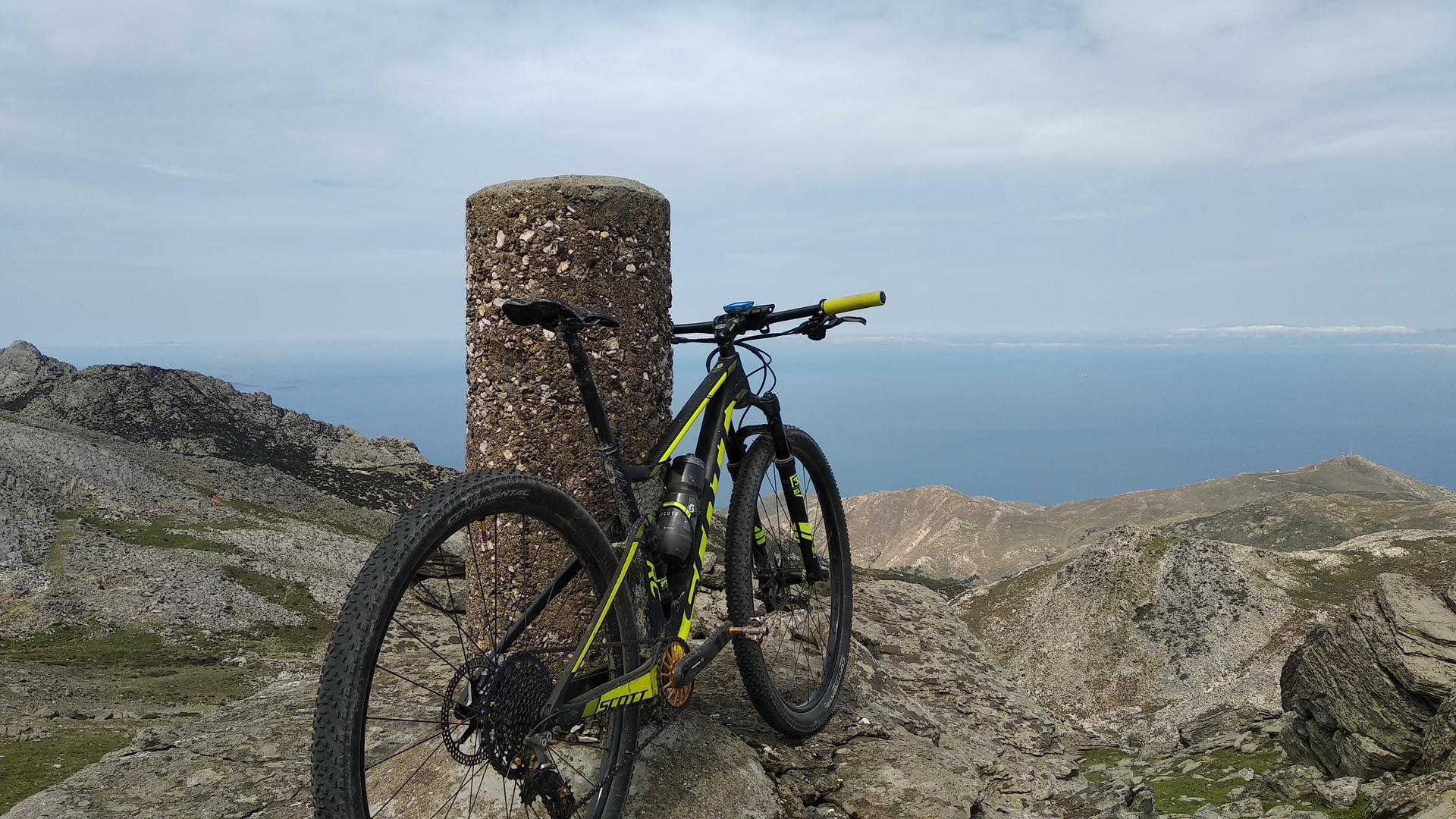 152km ορεινής ποδηλασίας στη Νάξο